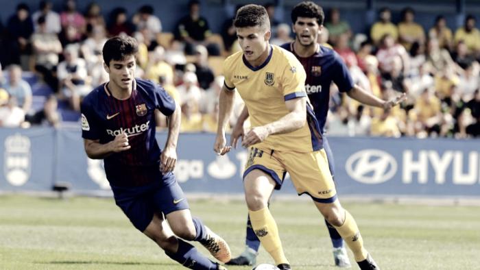 Álvaro Peña, elegido por la afición como mejor jugador del partido ante el Nástic