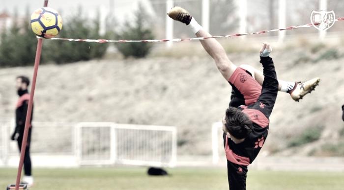Vuelta a los entrenamientos para preparar el duelo ante el Oviedo