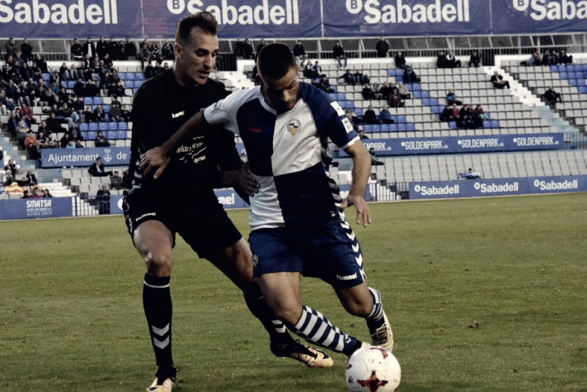 Un error condena al Sabadell a otro empate