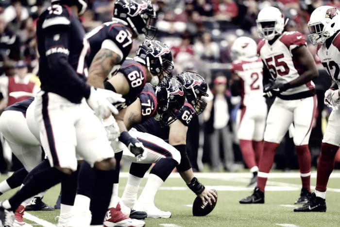 La defensa de Houston enjaula a los Cardinals