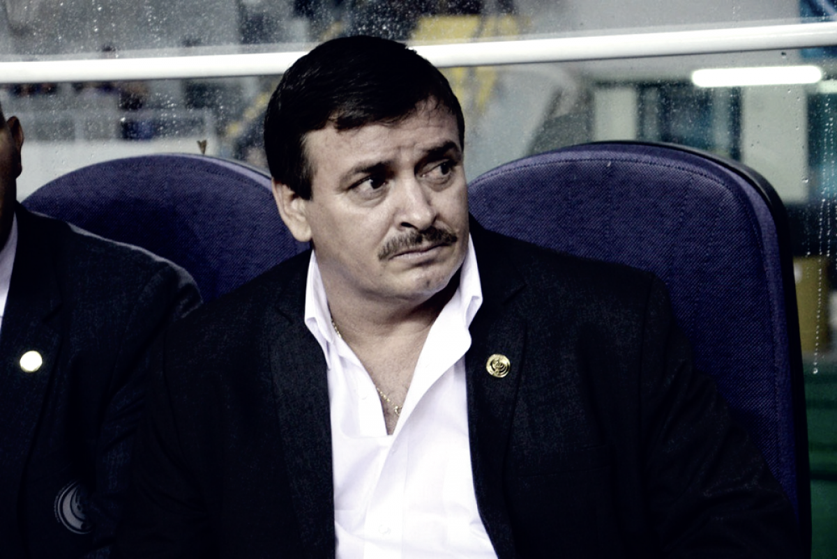 Entrenador de Costa Rica 2018:Óscar Ramírez, viajó como jugador en 1990 y hoy como técnico