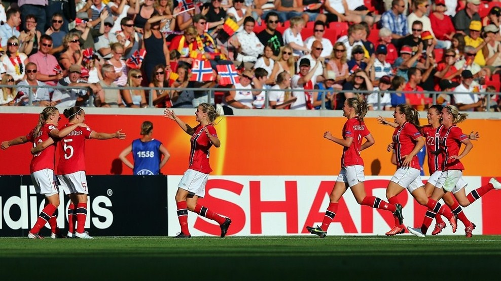 Noruega vence a Alemanha e fica com o primeiro lugar do grupo B na Euro feminina