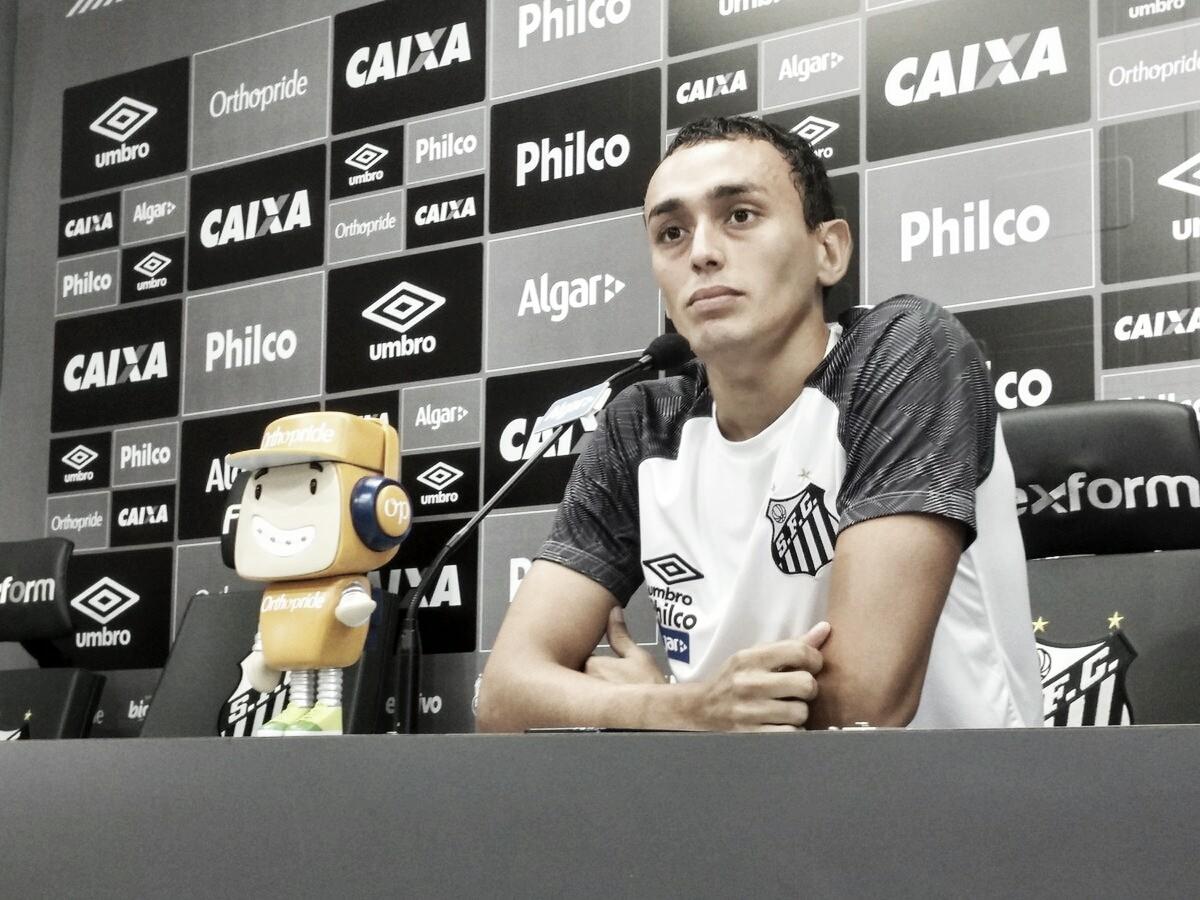 """Diego Pituca acredita em retorno de ofensividade no Santos: """"Uma hora a bola vai entrar"""""""