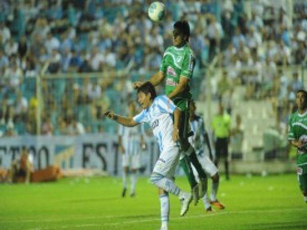 En Tucumán, Atlético lo dio vuelta y venció Sportivo Belgrano 3 a 2
