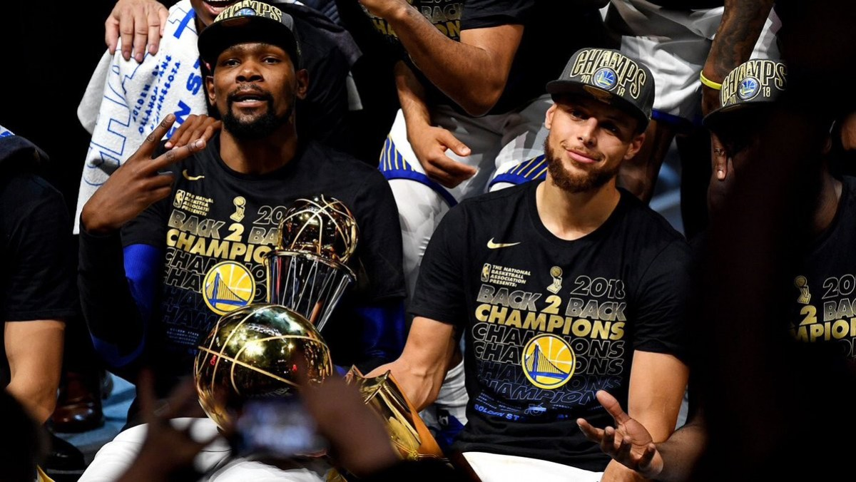 NBA Finals - Nulla da fare per Cleveland, gli Warriors sono campioni NBA