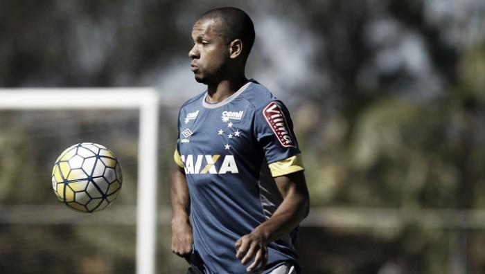 """Edimar exalta postura de Mano no retorno ao Cruzeiro: """"Chegou mostrando o que quer"""""""