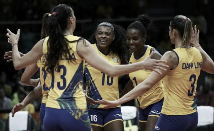 Vôlei feminino: Brasil passeia sobre a Argentina e segue 100% na Rio 2016