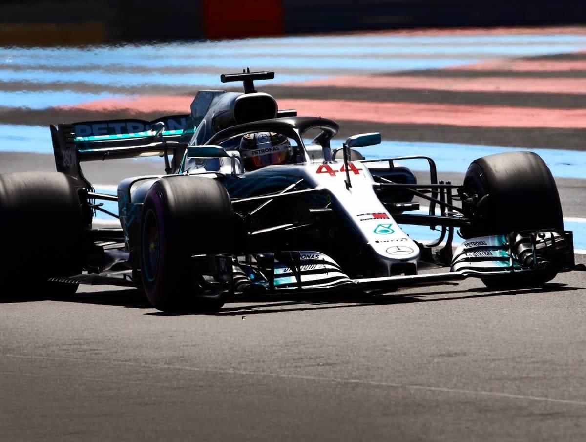 Formula 1 - Gp Francia LIVE. Hamilton in pole, Ferrari all'inseguiemento. Via alle 16.10