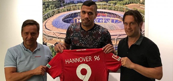 Hannover make Brazilian striker Jonathas their record signing