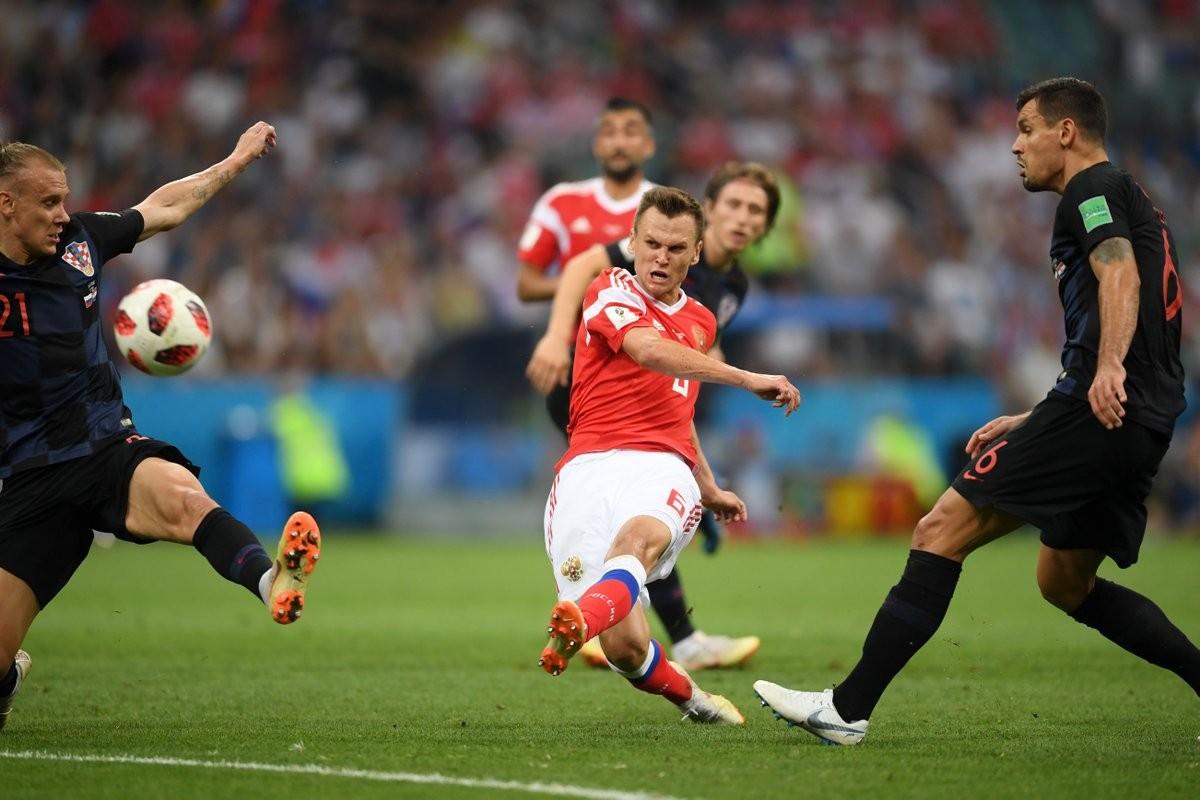 La Russie quitte son mondial, la Croatie retrouve les demi-finales 20 ans après
