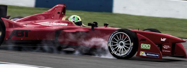 Di Grassi lidera segundo dia de testes da Fórmula E