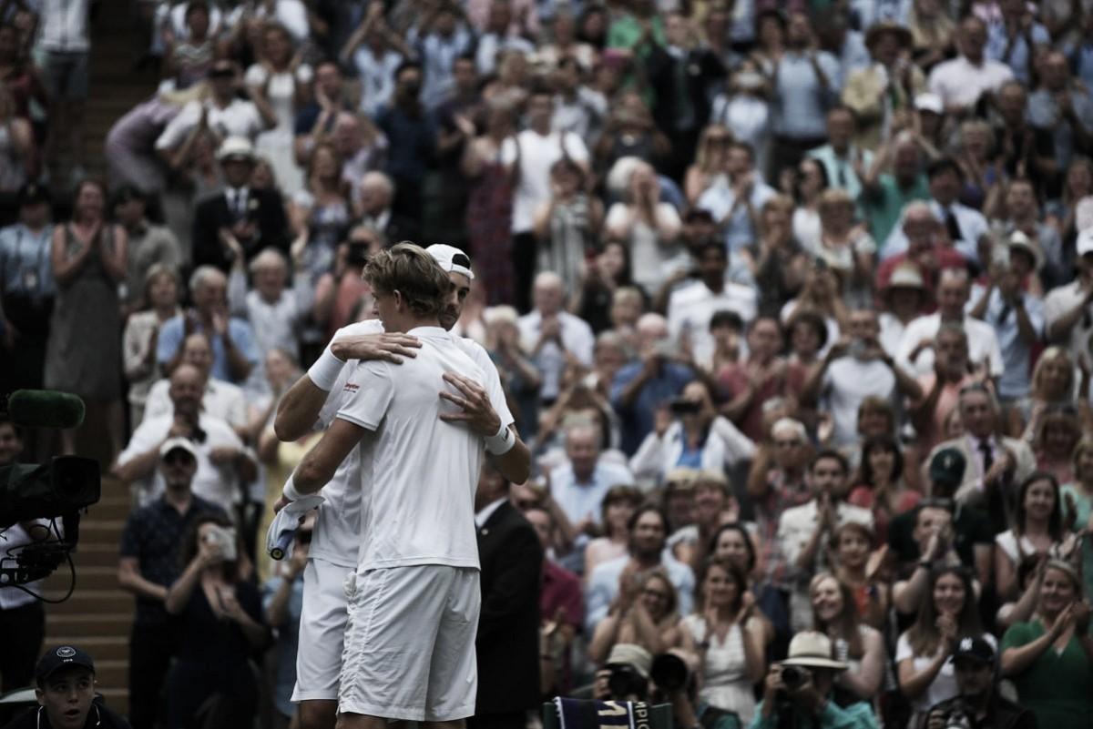 Anderson vence a Isner en el segundo partido más largo de la historia del tenis
