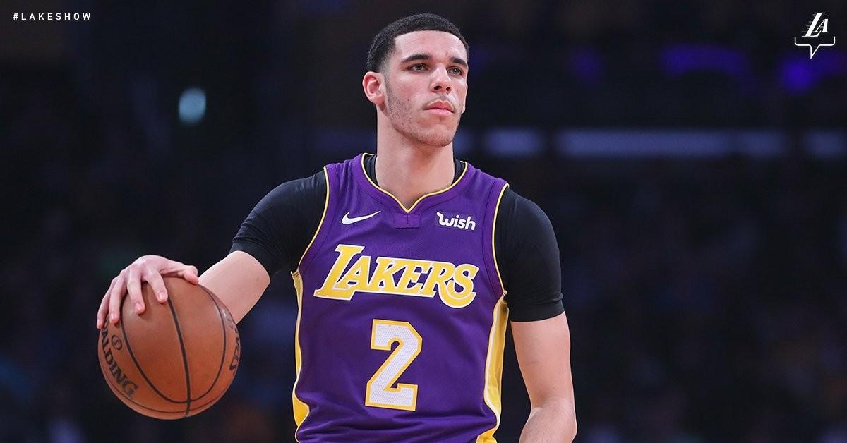 NBA - Lonzo Ball dovrà operarsi al ginocchio