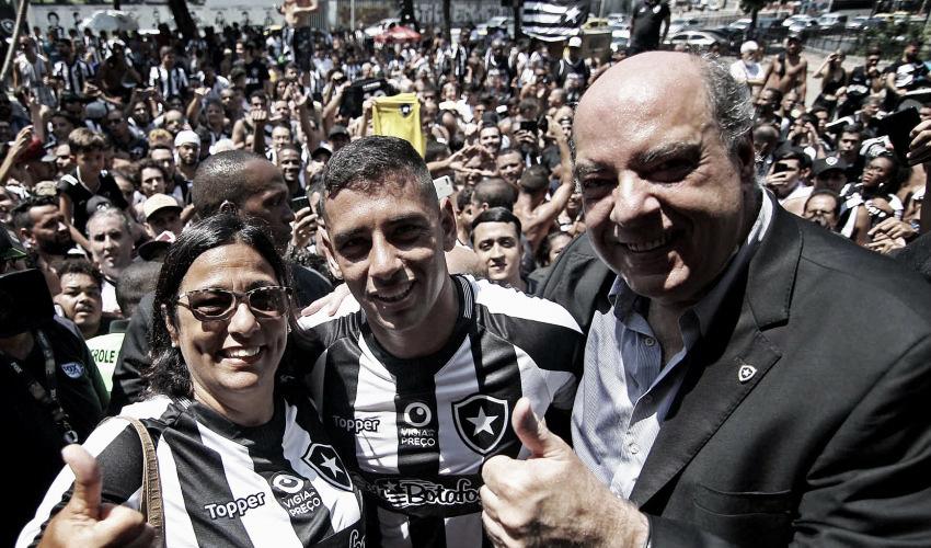 Presidente do Botafogo revela desejo antigo por Diego Souza e celebra contratação