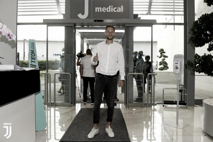Zagueiro Höwedes realiza exames médicos e está próximo de ser anunciado pela Juventus