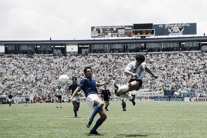 VAVEL recuerda: la genialidad de Diego a Italia