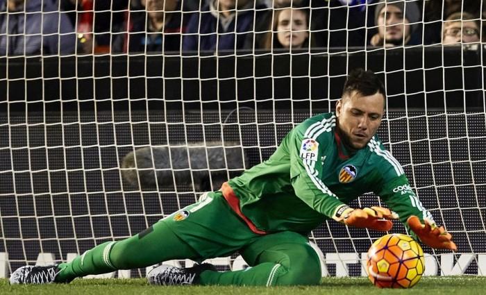 Ag. Diego Alves apre al Napoli: