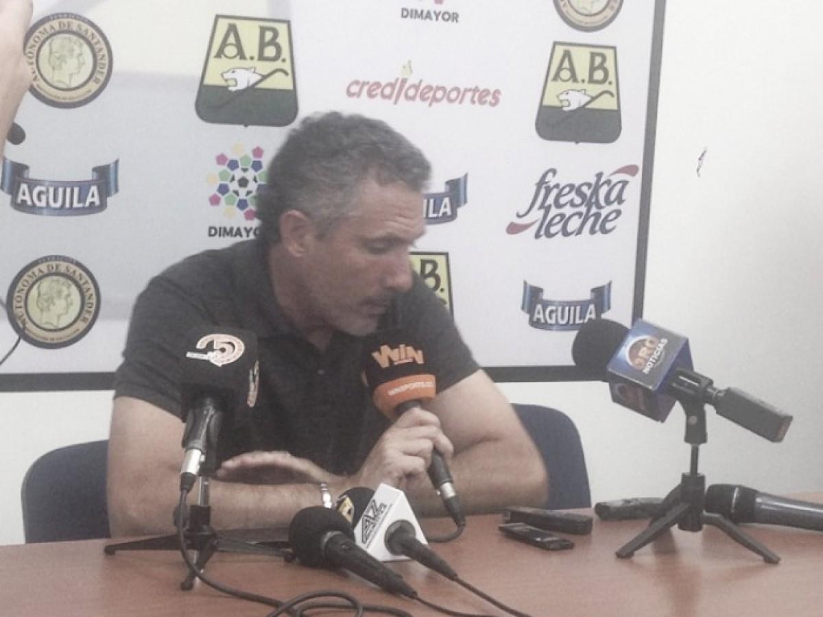 """Diego Cagna: """"Fuimos a buscar el partido y quedamos mal parados"""""""