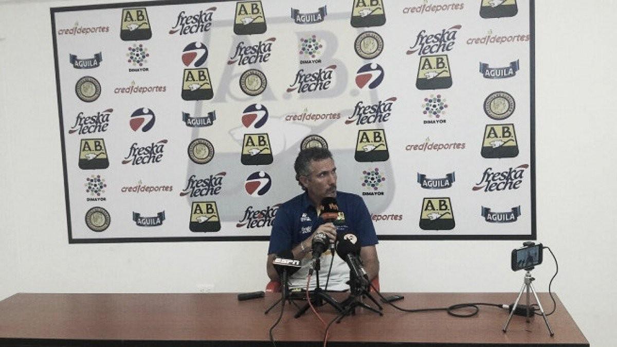 """Diego Cagna: """"Me gusta jugar más como el otro día contra Atlético Nacional"""""""