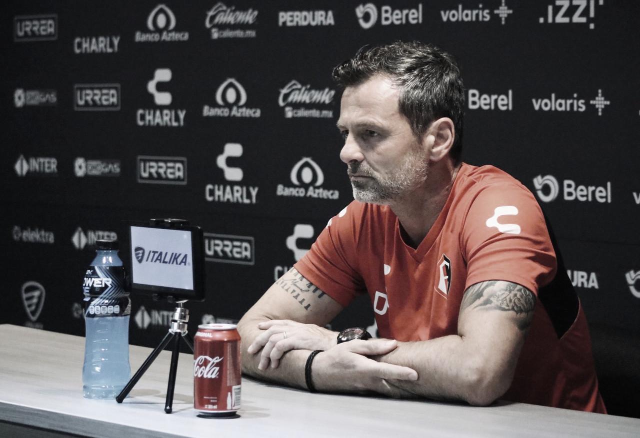 """Diego Cocca: """"Sentimos impotencia porque estábamos haciendo un buen partido"""""""