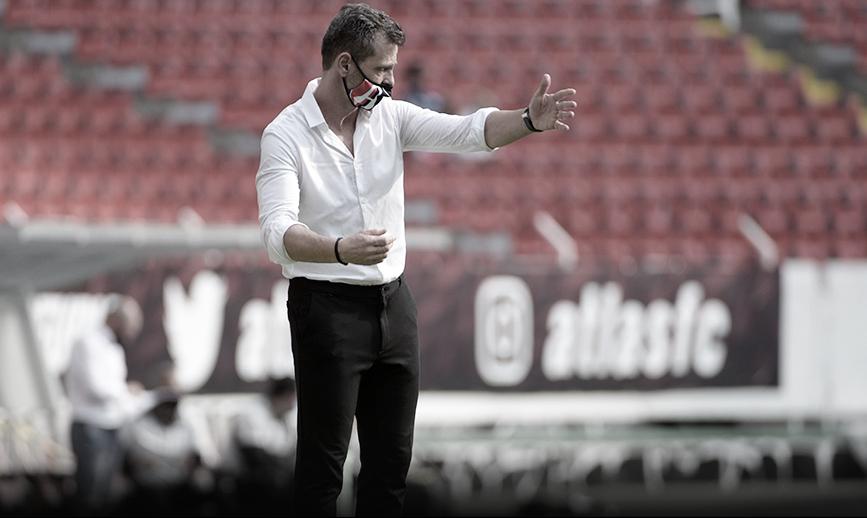 """Diego Cocca: """"La Fiel está contenta porque el Atlas ganó"""""""