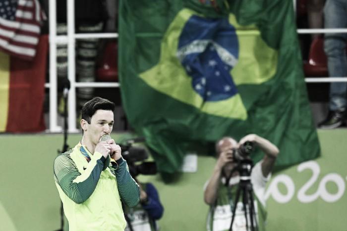 Da superação à prata: Trajetória de Diego Hypólito até a medalha na Rio 2016