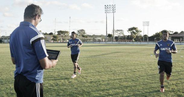 Diego Souza e Ibson são relacionados e podem estrear no Sport