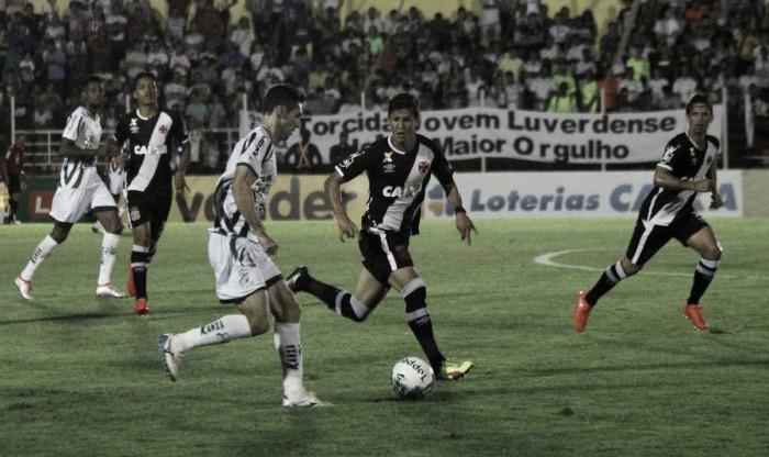 Vasco sai na frente com Yago Pikachu, mas Luverdense arranca empate no fim