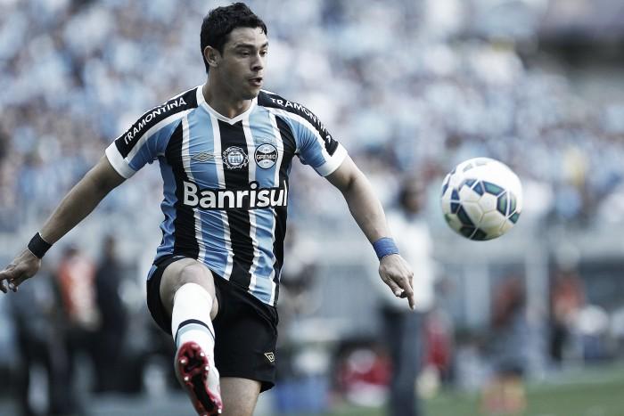 Grêmio aceita proposta do Zenit e encaminha saída do meia Giuliano