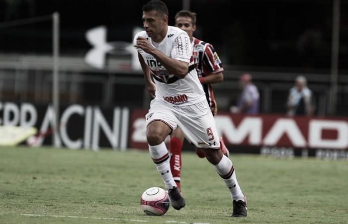 """Diego Souza celebra primeiro gol no Morumbi e afirma: """"Estamos crescendo como time"""""""