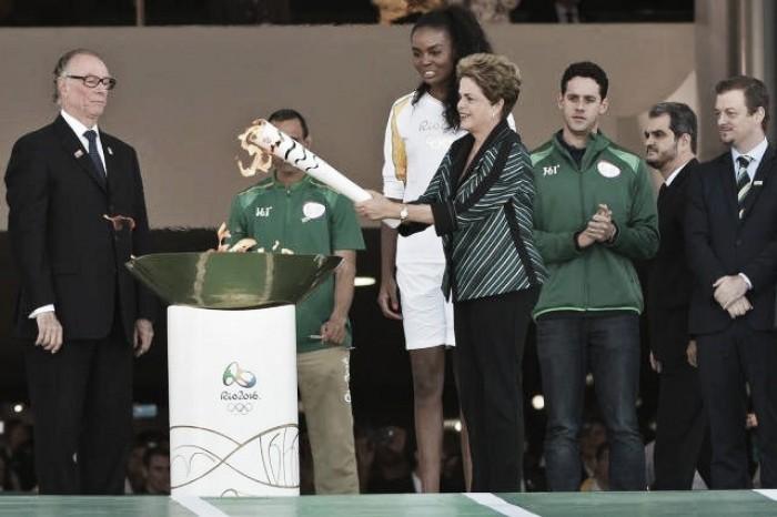 Chama Olímpica desembarca em Brasília para início do revezamento