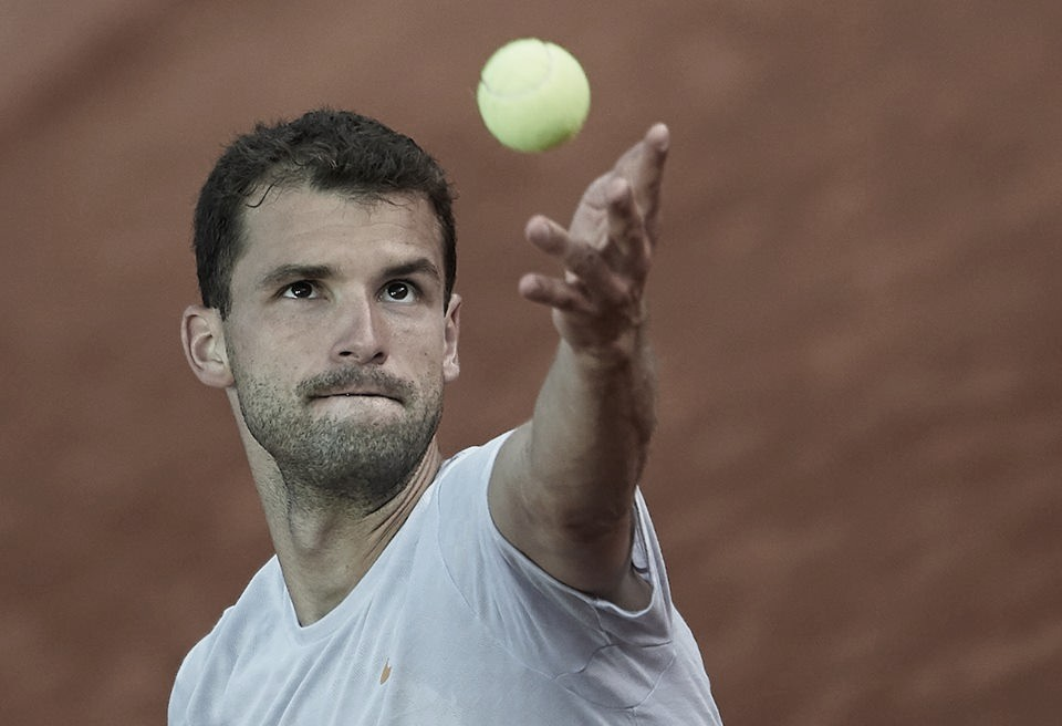 Dimitrov leva susto, mas estreia com vitória sobre Verdasco e vai às oitavas do ATP 500 de Barcelona
