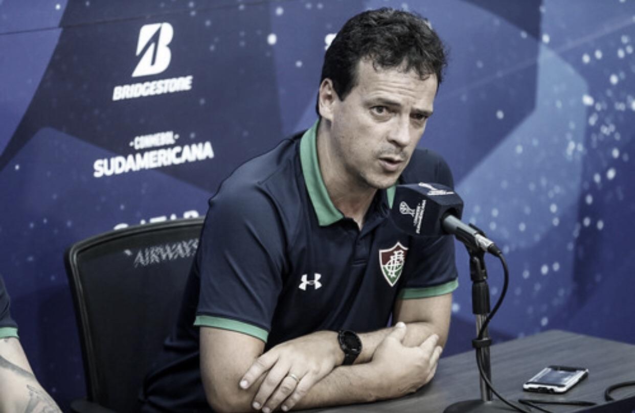 """Depois de classificação mesmo com derrota, Diniz destaca: """"O time não se desesperou"""""""