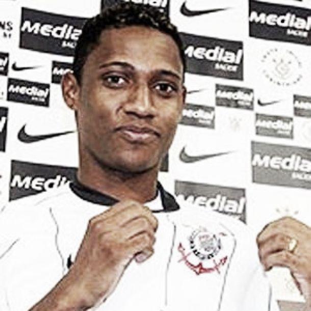 Serra Talhada anuncia a contratação de Diogo, ex-Sport e Corinthians