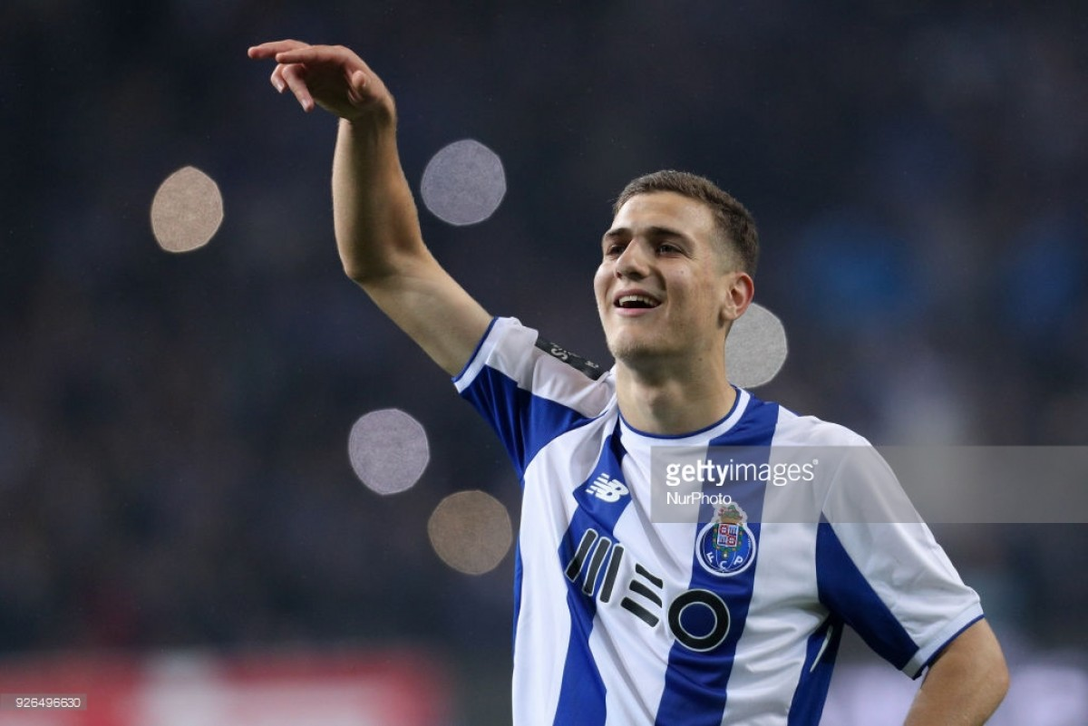 Man United close to signing teenage defender Diogo Dalot