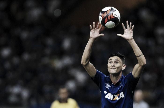 """Diogo Barbosa, sobre cansaço com tantos jogos: """"Time que quer ser campeão tem que passar por isso"""""""