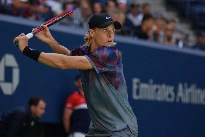 US Open 2017 - Edmund dura due set, poi si arrende al dolore. Passa Shapovalov