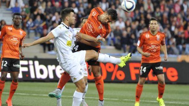 Lorient s'éveille enfin
