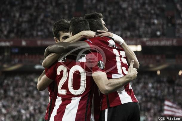 Resultado FC Augsburgo - Athletic de Bilbao en UEFA Europa League 2015 (2-3): Pegada y a dieciseisavos