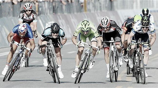 Cavendish se impone al sprint en la 6ª etapa, así lo vivimos