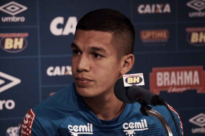 Lucas Romero garante que defender é responsabilidade de todos no Cruzeiro