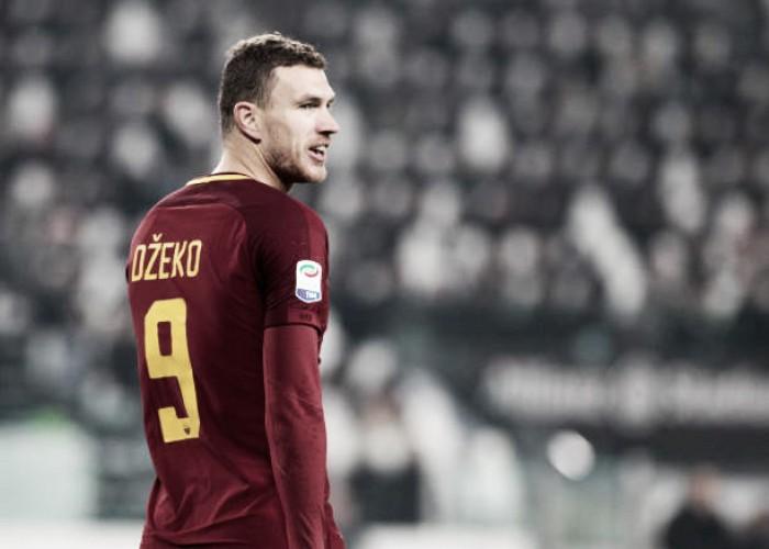 "Agente afasta rumores de Dzeko no Chelsea: ""Quer ficar na Roma"""