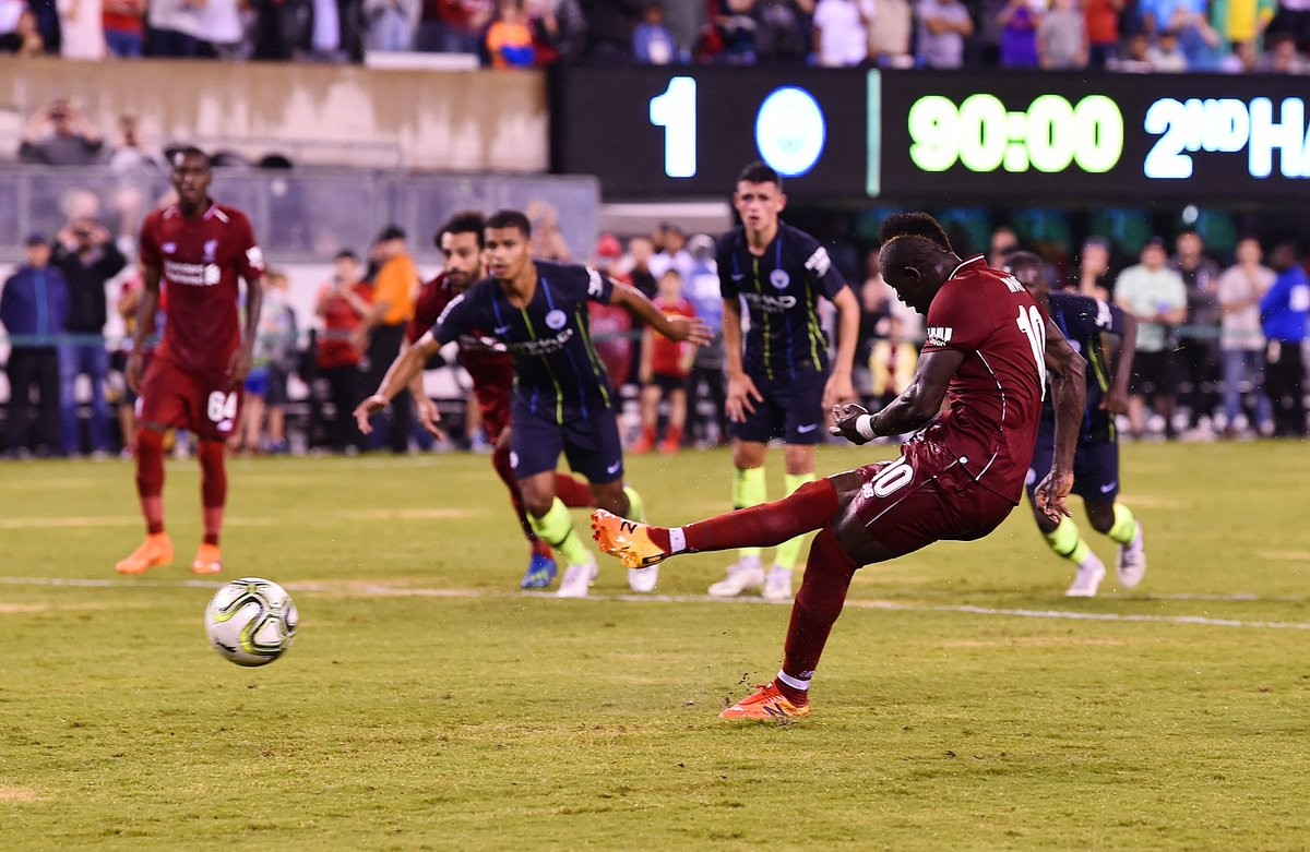 ICC - Salah e Manè ribaltano il Manchester City: il Liverpool vince 1-2