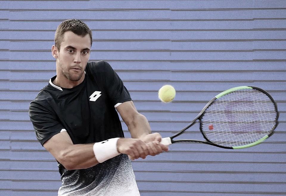 Djere vira contra Basilashvili em Budapeste e vai à terceira semifinal no ano