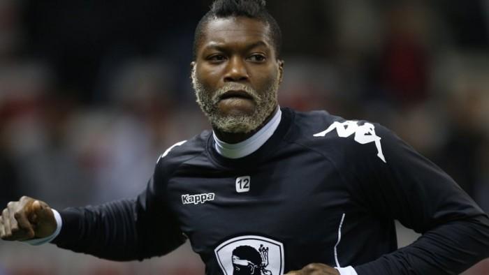 Justiça francesa indica participação de ex-atacante Djibril Cissé na chantagem a Valbuena