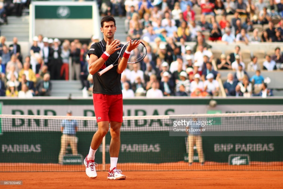 Djokovic deixa Roland Garros com derrota surpreendente