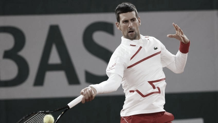 Com 'pneu,' Djokovic vence Ymer na estreia de Roland Garros 2020