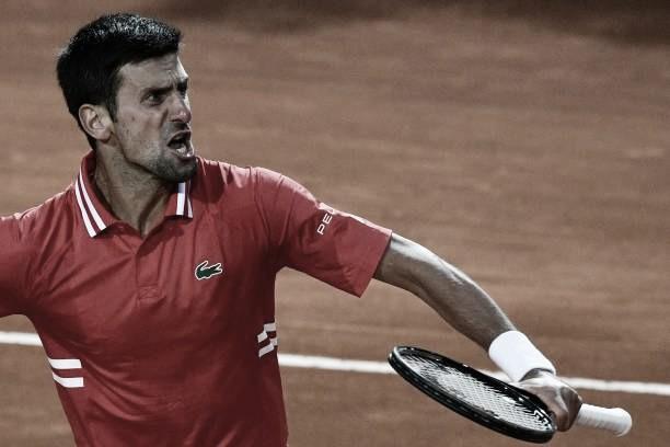 Djokovic completa jornada dupla com vitória sobre Sonego e vai em busca do bi em Roma