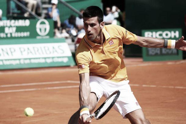 Novak Djokovic pasa por encima de Haider-Maurer