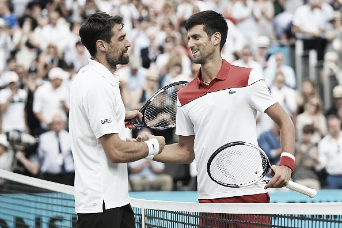 Djokovic vence 'freguês' Chardy e vai à final em Queen's